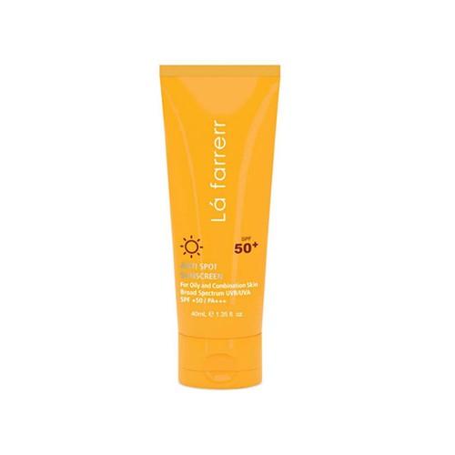 کرم ضد آفتاب و ضد لک بی رنگ لافارر با SPF50 مخصوص پوست های خشک و معمولی